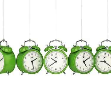 Clocks on string knocking together